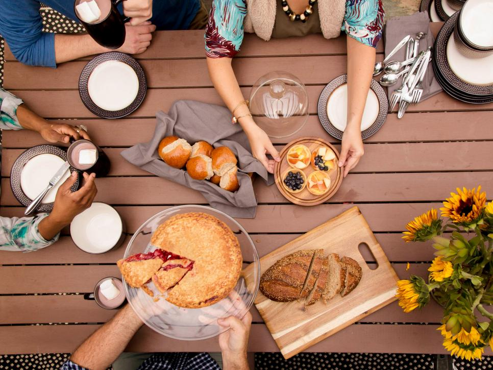 Here are Our Top Favorite Outdoor Fall Party Ideas 7