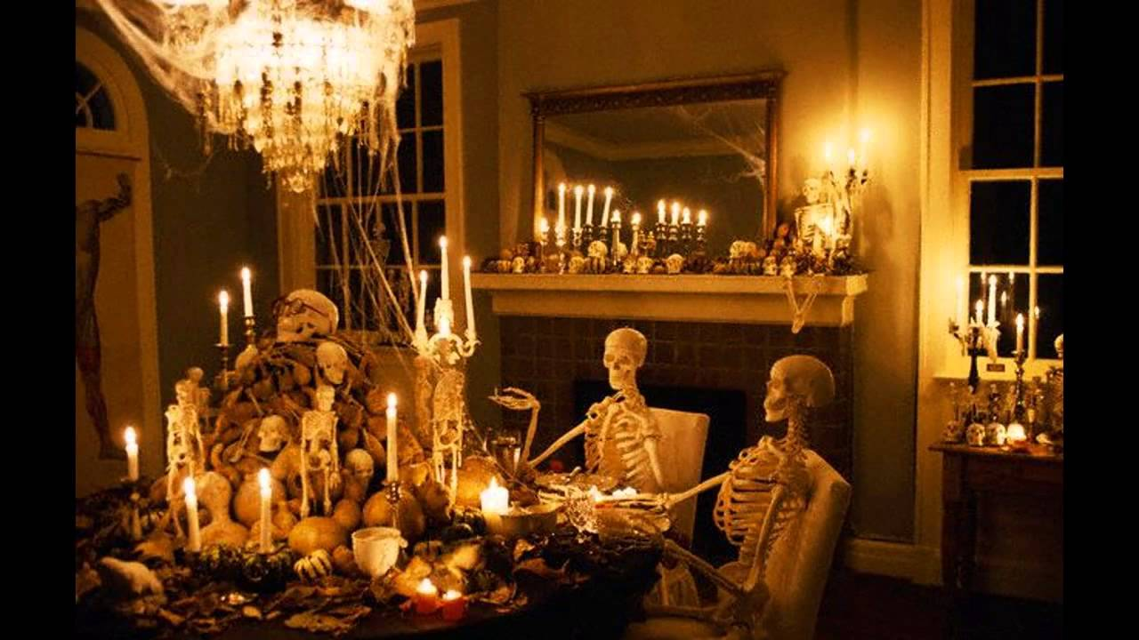 Halloween is Here: Fun Halloween Party Decoration Ideas 1