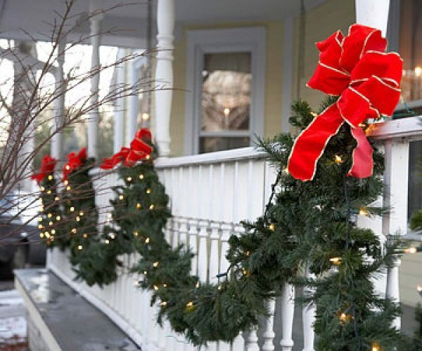 The Necessary Christmas Outdoor Decorations Checklist 1