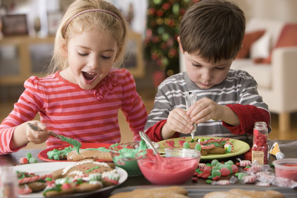 Parent's Perfect Guide to Arranging a Kid's Christmas Party 7
